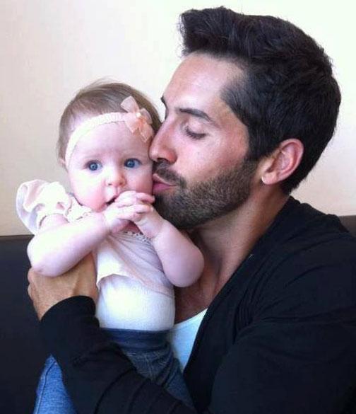 Скотт с дочкой